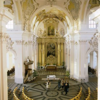 Jesuitenkirche Maria Immaculata von innen
